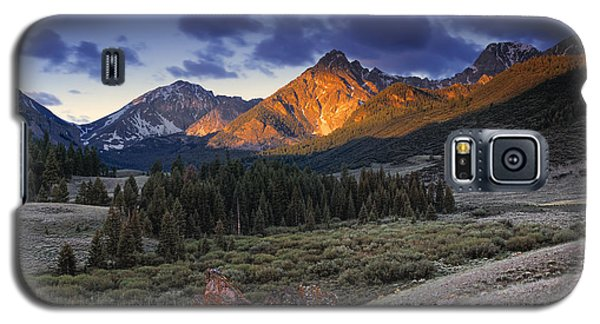 Lost River Mountains Moon Galaxy S5 Case by Leland D Howard