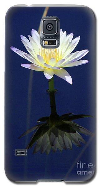 Lotus Reflection Galaxy S5 Case