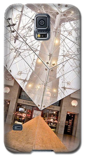 Galaxy S5 Case featuring the photograph Louvre Pyramid by Silvia Bruno