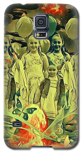 Love In The Age Of War Galaxy S5 Case