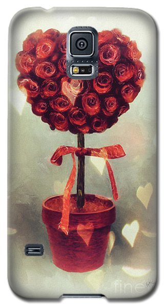 Galaxy S5 Case featuring the digital art Love Is In The Air by Lois Bryan