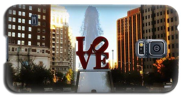 Love Park - Love Conquers All Galaxy S5 Case