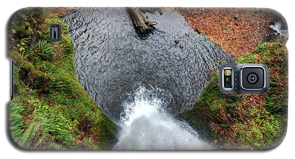 Galaxy S5 Case featuring the photograph Lower Multnomah Falls From Benson Bridge - Columbia Gorge by Gary Whitton