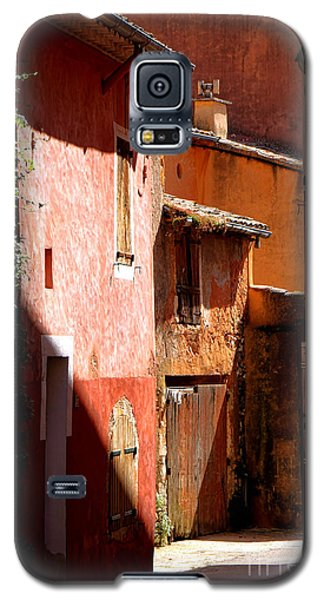 Galaxy S5 Case featuring the photograph Luberon Village Street by Olivier Le Queinec