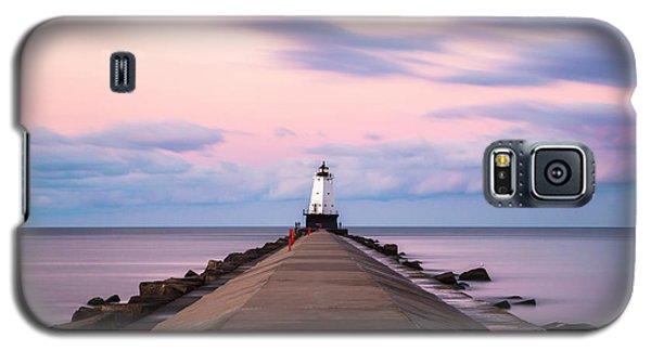 Galaxy S5 Case featuring the photograph Ludington North Breakwater Light Sunrise by Adam Romanowicz