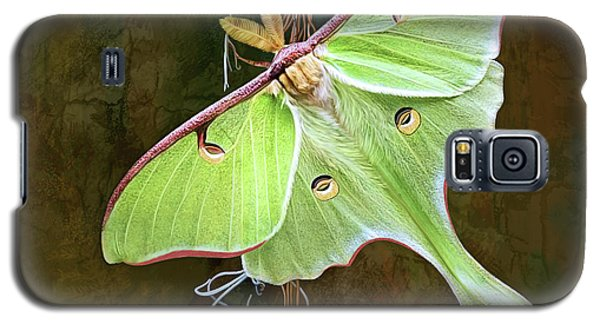 Luna Moth Galaxy S5 Case by Thanh Thuy Nguyen