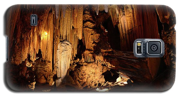 Galaxy S5 Case featuring the photograph Luray Dark Caverns by Paul Ward