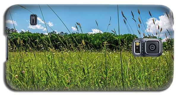 Lying In The Grass Galaxy S5 Case