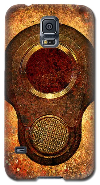 M1911 Muzzle On Rusted Background Galaxy S5 Case