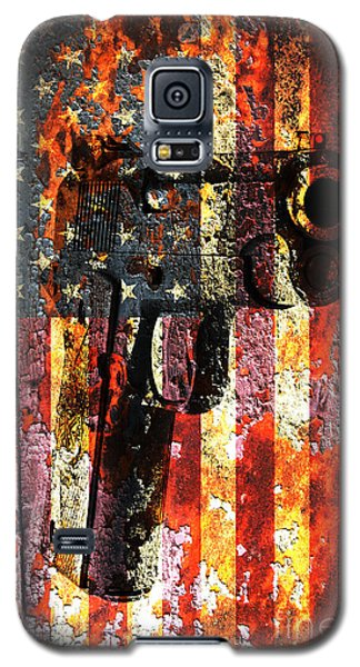 M1911 Silhouette On Rusted American Flag Galaxy S5 Case