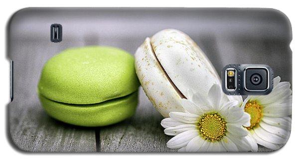 Daisy Galaxy S5 Case - Macarons by Nailia Schwarz