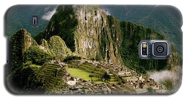 Machu Picchu At Sunrise Galaxy S5 Case