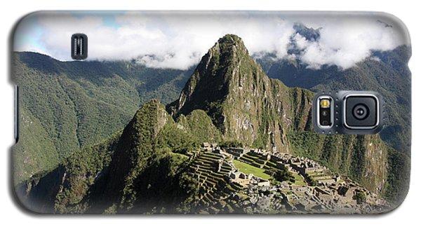 Galaxy S5 Case featuring the photograph Machu Picchu Ruin, Peru by Aidan Moran