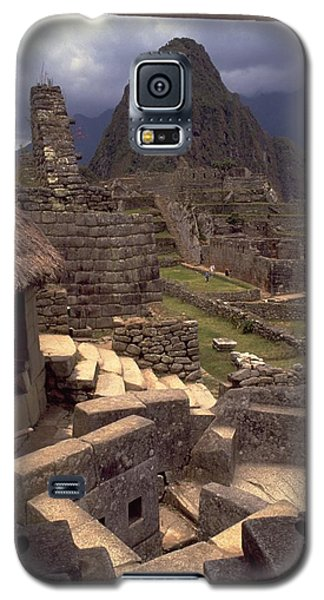 Galaxy S5 Case featuring the photograph Machu Picchu by Travel Pics