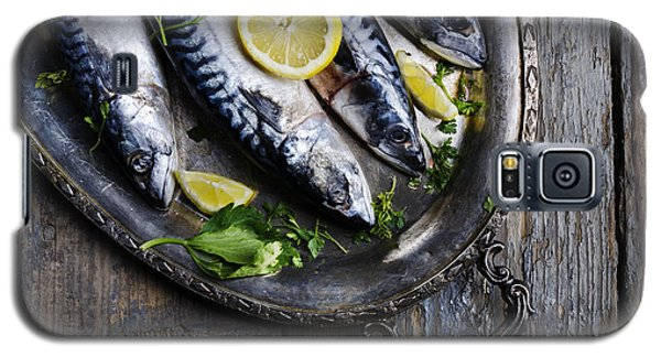 Mackerels On Silver Plate Galaxy S5 Case by Jelena Jovanovic
