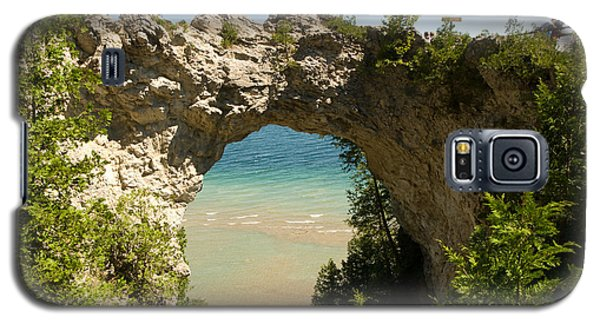 Mackinac Island Arch Galaxy S5 Case by Larry Carr