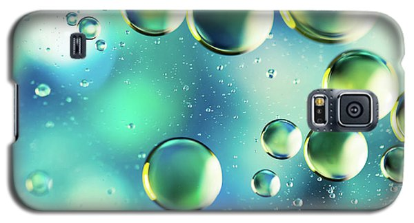 Galaxy S5 Case featuring the photograph Macro Water Droplets Aquamarine Soft Green Citron And Blue by Sharon Mau