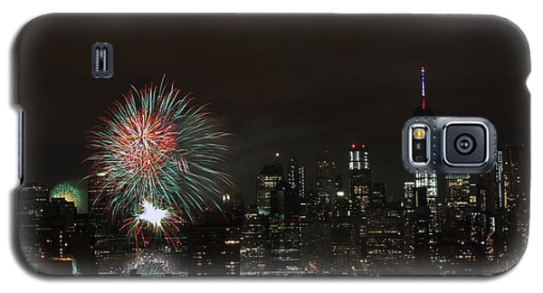 Galaxy S5 Case featuring the photograph Macy's-july 4th 2015-fireworks-3 by Steven Spak