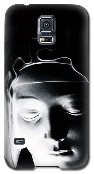Galaxy S5 Case featuring the photograph Madonna by Joseph Frank Baraba