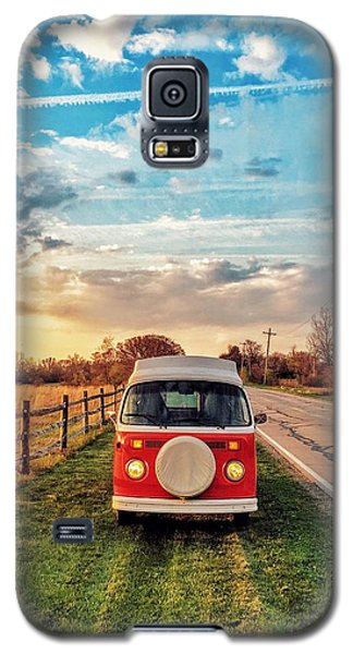 Classic Galaxy S5 Case - Magic Hour Magic Bus by Andrew Weills
