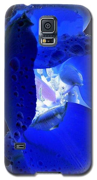 Galaxy S5 Case - Magical Flower I - Blue Velvet by Orphelia Aristal