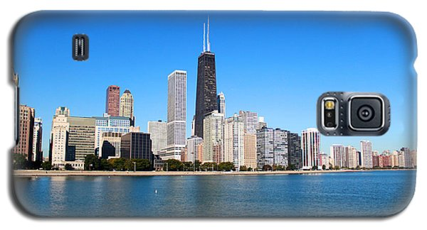 Galaxy S5 Case featuring the photograph Magnificent Chicago by Milena Ilieva