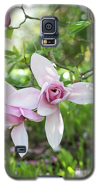Galaxy S5 Case featuring the photograph Magnolia Star Wars Flower by Tim Gainey