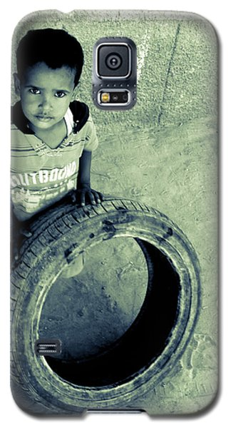 Galaxy S5 Case featuring the photograph Magpagulong Kita by Jez C Self