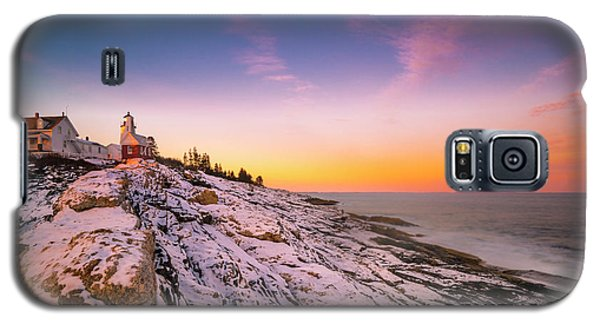 Galaxy S5 Case featuring the photograph Maine Pemaquid Lighthouse In Winter Snow by Ranjay Mitra