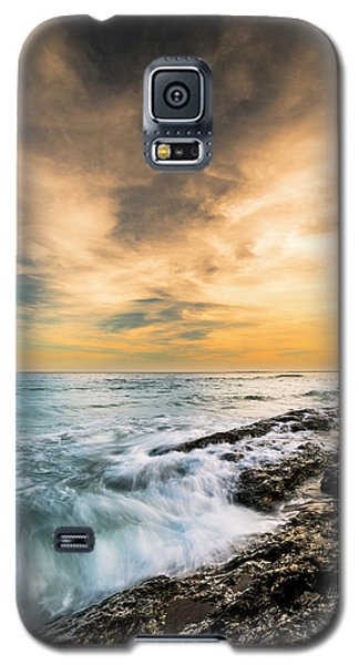 Galaxy S5 Case featuring the photograph Maine Rocky Coastal Sunset by Ranjay Mitra