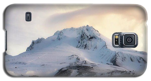 Galaxy S5 Case featuring the photograph Majestic Mt. Hood by Ryan Manuel