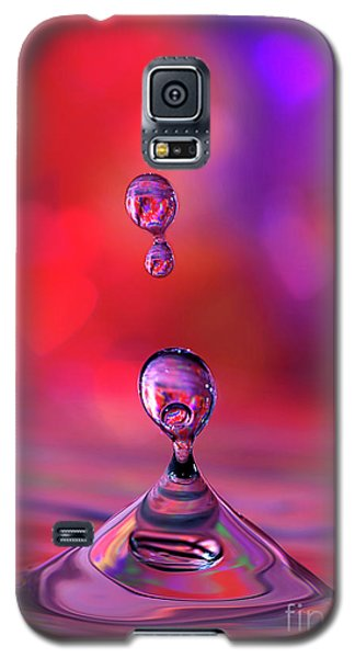 Galaxy S5 Case featuring the photograph Making A Splash by Darren Fisher