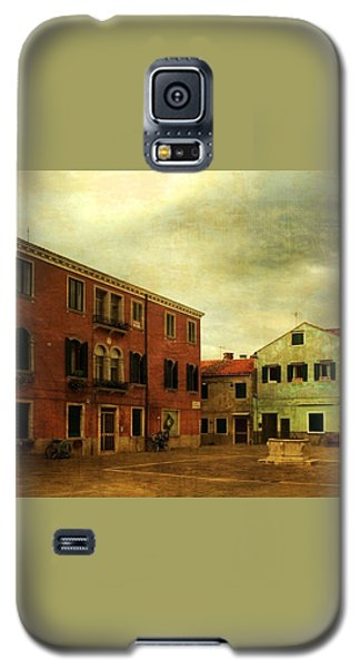 Galaxy S5 Case featuring the photograph Malamocco Piazza No1 by Anne Kotan