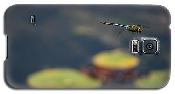 Malibu Blue Dragonfly Flying Over Lotus Pond Galaxy S5 Case