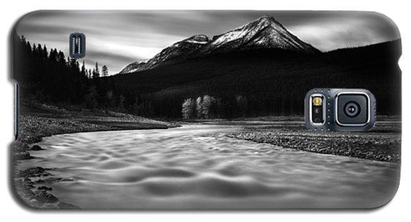 Maligne River Autumn Galaxy S5 Case