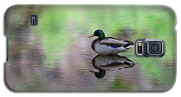 Galaxy S5 Case featuring the photograph Mallard In Reflecting Pool H58 by Mark Myhaver