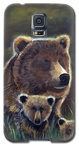 Galaxy S5 Case featuring the painting Mammas Warmth by Leslie Allen