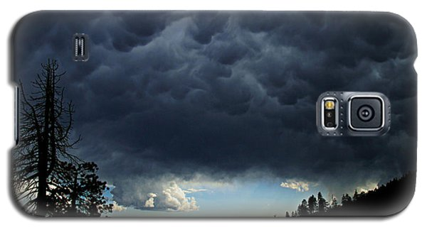 Mammatus Galaxy S5 Case