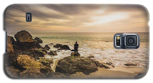 Man Watching Sunset In Malibu Galaxy S5 Case