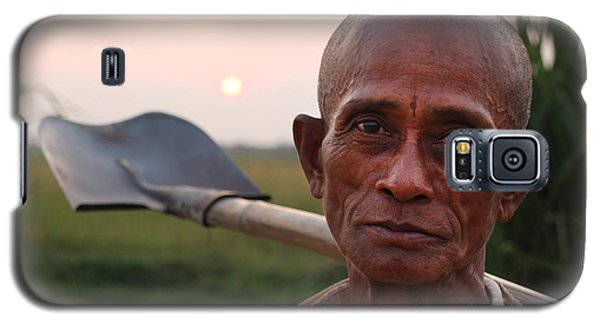 Man With Shovel Galaxy S5 Case