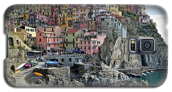 Galaxy S5 Case featuring the photograph Manarola Version Two by Frozen in Time Fine Art Photography