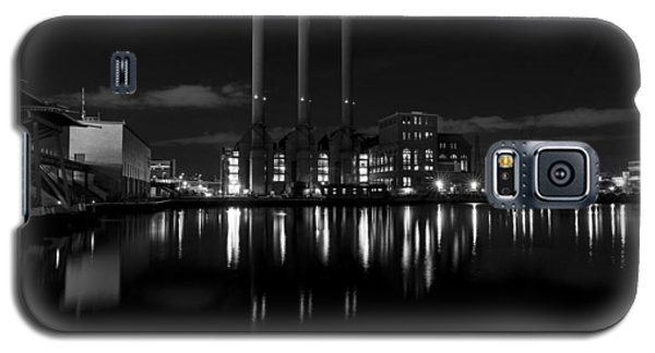Galaxy S5 Case featuring the photograph Manchester Street Power Station by Andrew Pacheco