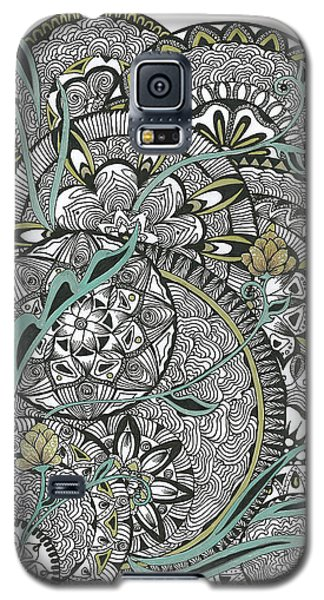 Mandalas With Gold Flowers Galaxy S5 Case