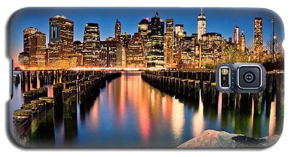 Manhattan Skyline At Dusk Galaxy S5 Case