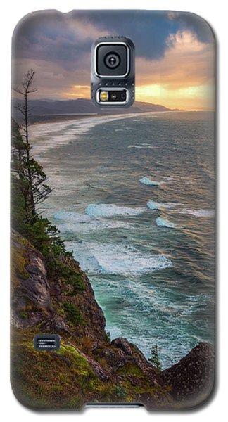 Galaxy S5 Case featuring the photograph Manzanita Sun by Darren White