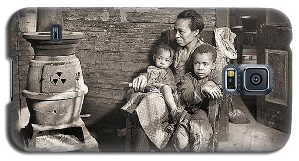 March 1937 Scott's Run, West Virginia Johnson Family. Galaxy S5 Case