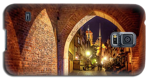 Galaxy S5 Case featuring the photograph Mariacka By Night  by Carol Japp