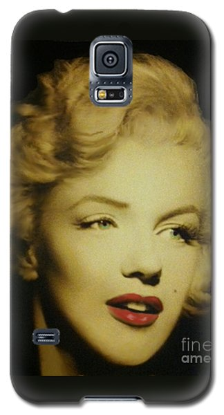 Galaxy S5 Case featuring the photograph Marilyn by Elizabeth Coats