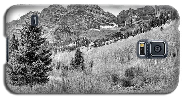 Galaxy S5 Case featuring the photograph Maroon Bells Monochrome by Eric Glaser