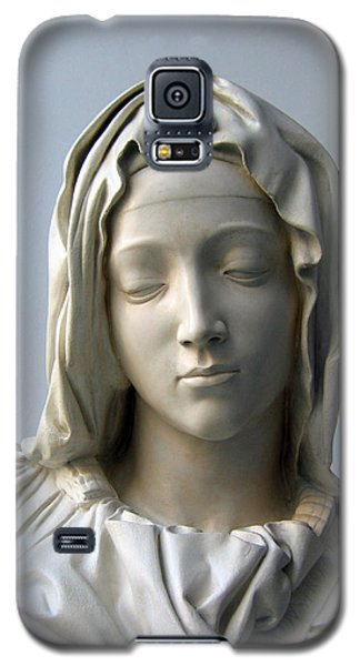 Galaxy S5 Case featuring the sculpture Mary by Suhas Tavkar